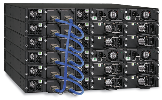 Figure 1: Up to 12 Ruckus ICX 7450 switches can be stacked together using two full-duplex QSFP+ 40 Gbps ports that provide a fully redudant backplane with 960 Gbps of stacking bandwidth.